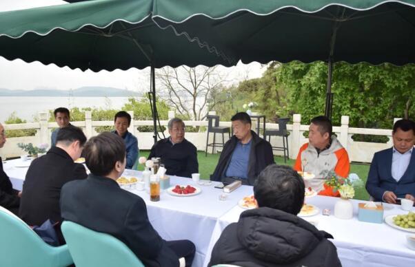 林建超赴武汉调研 湖北职业棋手转型之路值得借鉴