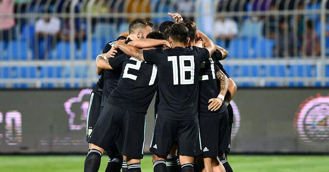 阿根廷4-0大胜