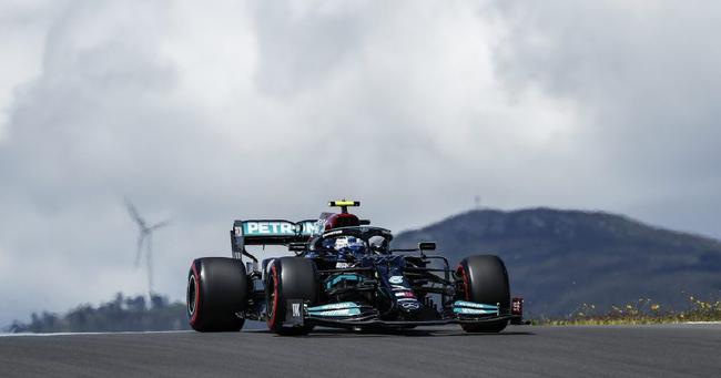 梅赛德斯:博塔斯冲击最快圈速的时机早了