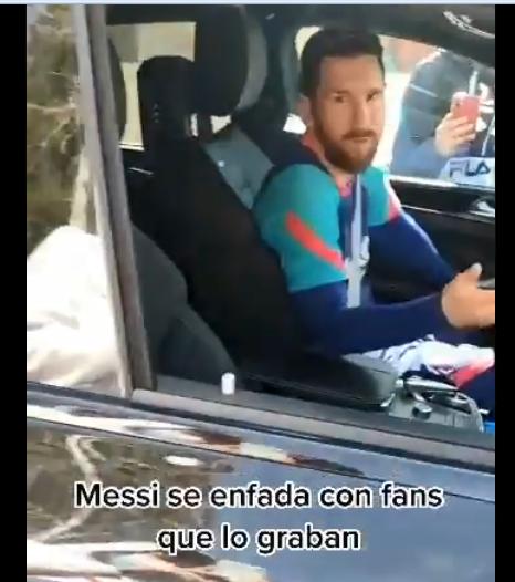 梅西怒斥部分球迷:每天拍我同样视频有意思?