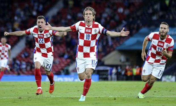 克羅地亞3-1出線