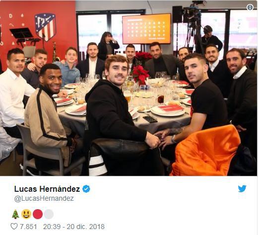 卢卡斯-埃尔南德斯晒马竞全队聚餐照片
