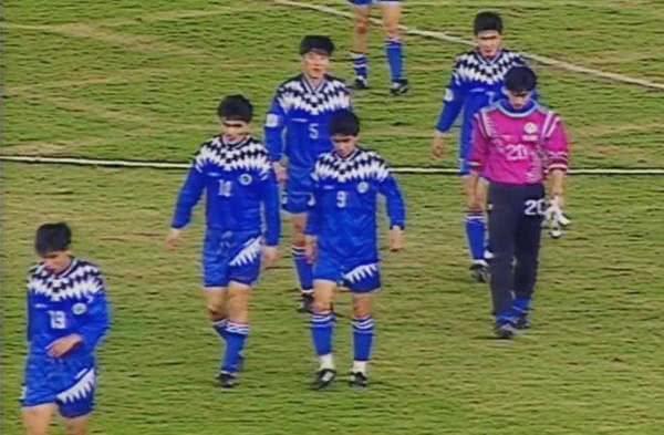 """国足球衣的""""蓝色记忆"""""""
