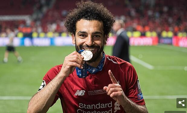 萨拉赫是利物浦的中央球员。