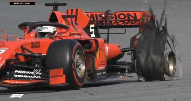 维特尔的左后轮爆胎