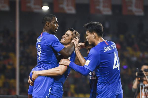 [中超]武汉卓尔1-1上海申花