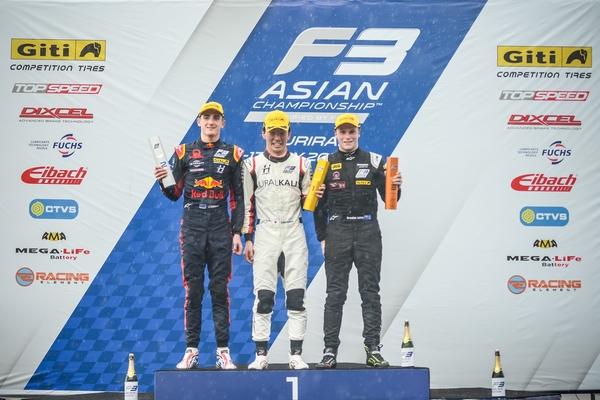 2019亚洲三级方程式第六回相符领奖台