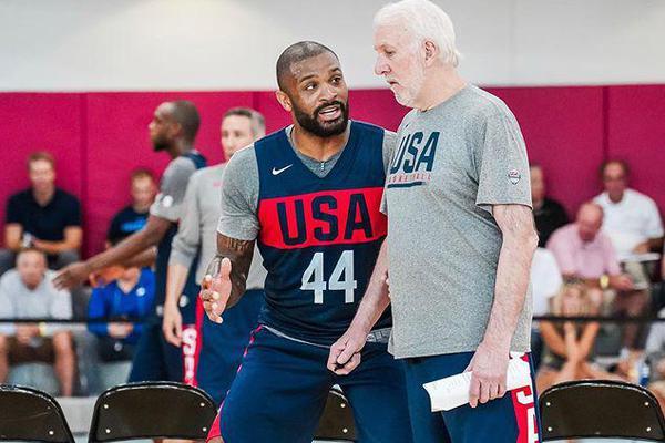 塔克脚踝受伤退出美国男篮