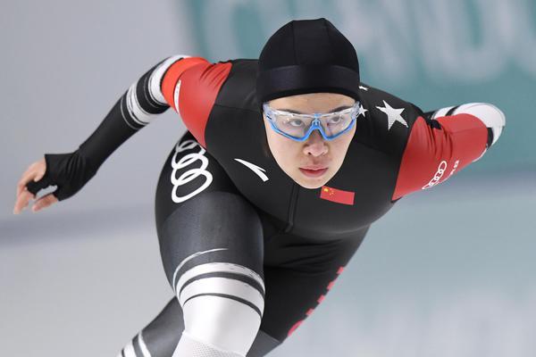 冬奥会短道冠军周洋兼项速滑