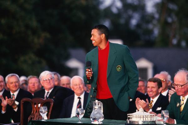 1997年美国大师赛伍兹的首件绿夹克