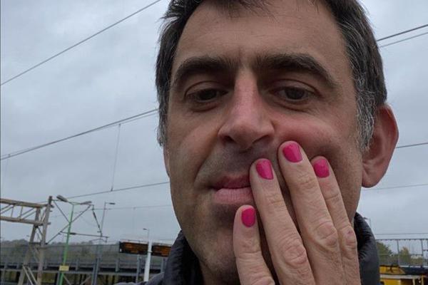 奥沙利文粉红指甲为公益 塞尔比尝试让比赛更快