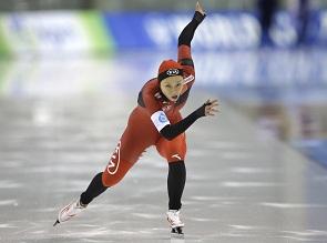 速滑世界杯张虹再夺500米冠军 再刷个人最好成绩