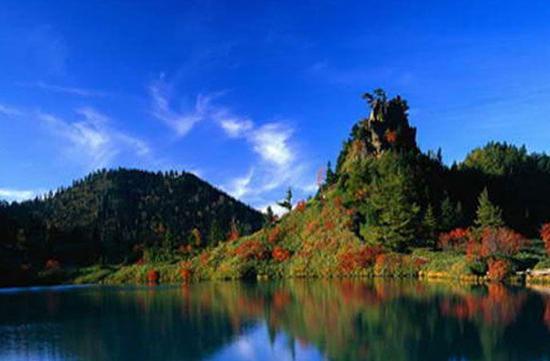 金牛湖风景区。