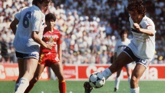 欧洲杯历史名将对话:普拉蒂尼称夺冠胜世界杯