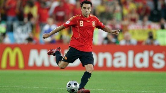 欧洲杯历史名将对话:哈维解析西班牙团队足球