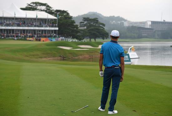 深圳正中高尔夫球会的18号洞