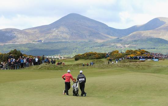 皇家唐郡高尔夫俱乐部(Royal County Down Golf Club)的15号洞