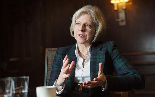 英国内政大臣文翠珊