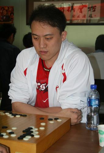 张祺,职业初段。
