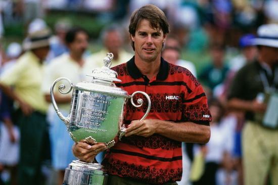 1993年夺得PGA锦标赛冠军