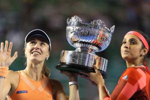 澳网辛吉斯/米尔扎豪取36连胜 实现大满贯赛三连冠