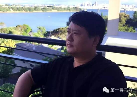 莱德马业董事长郎林
