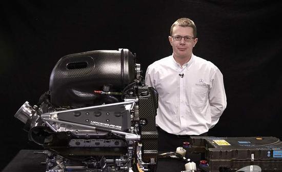 梅赛德斯-AMG高性能动力系统主管安迪-科维尔