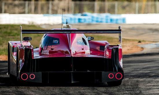 齐尔顿认为,日产GT-R LMP1,没法把它称为赛车。