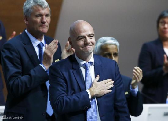 因凡蒂诺中选世界足联主席