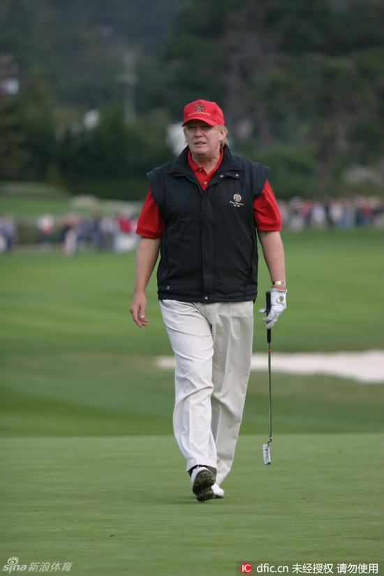 总统提名人特朗普也爱高尔夫,开球可达250码