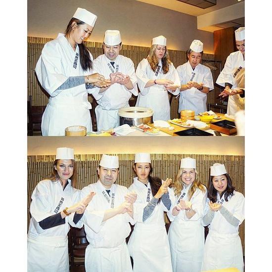 魏圣美在银座和寿司大厨学做寿司