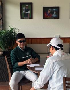 冯文浩接受采访