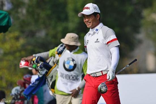 中国选手梁文冲连续第二周在日本比赛