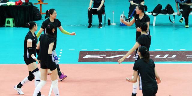 中泰女排对抗赛中国4-0完胜