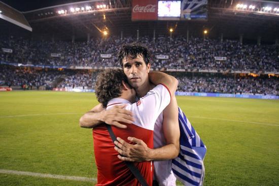 2011年,拉科鲁尼亚保级失利,35岁的宿将贝莱隆随队升级。