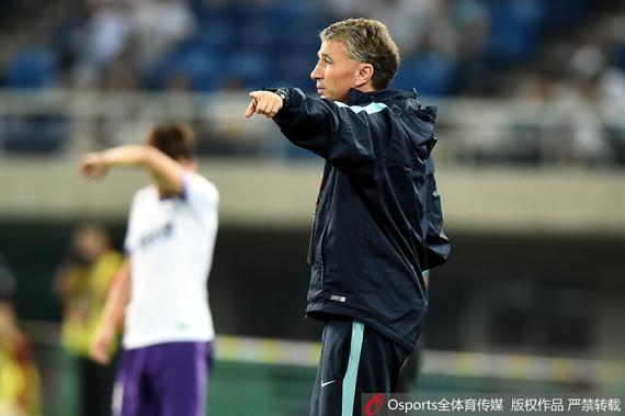 苏宁主帅:输球不是跌入地狱 我们并非完美的球队