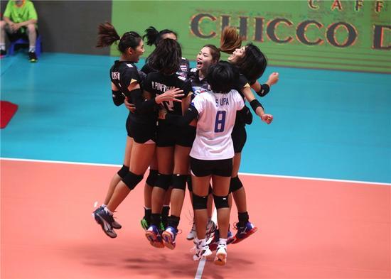 泰国女排庆贺