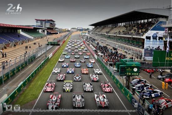 2016勒芒24小时耐力赛于6月4-5日停止民间试车,参赛车辆合影。