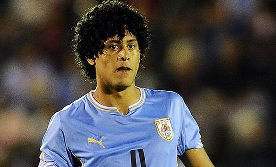莱莫斯同时还是乌拉圭国青队主力