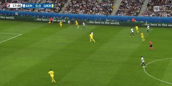 德国队抓住攻防转换的机会觅得空间
