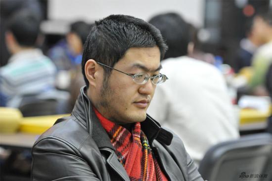 北京80后职业棋手 李昂