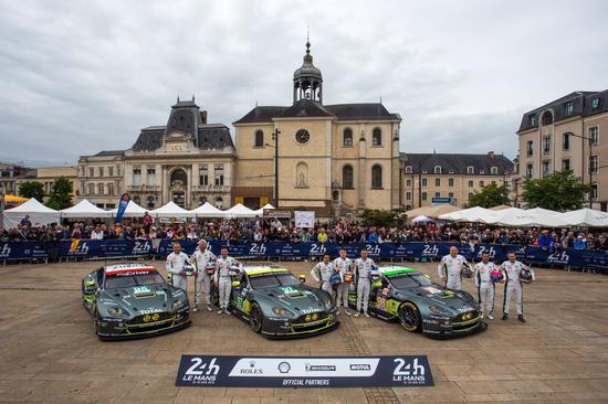 勒芒24小时耐力赛GT组的阿斯顿-马丁车队