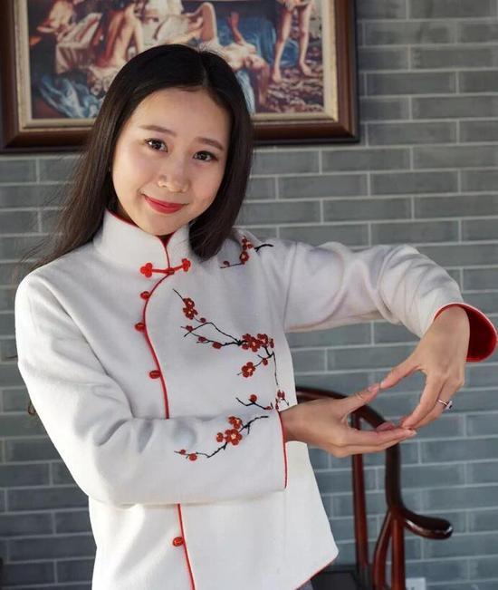 美男棋手 王香如
