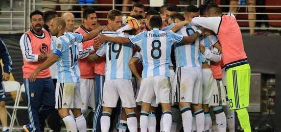阿根廷首战智利的胜利,是团队的胜利