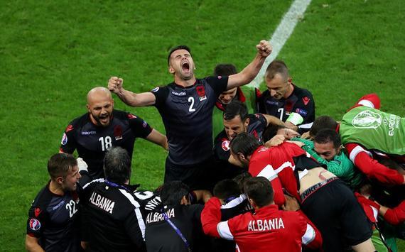 欧洲杯-历史性首球 阿尔巴尼亚首胜 出线待定