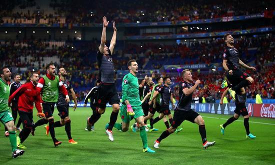 阿尔巴尼亚夺得历史性首场胜利
