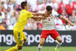 欧洲杯-波兰小胜小组第2出线 乌克兰剃光头出局