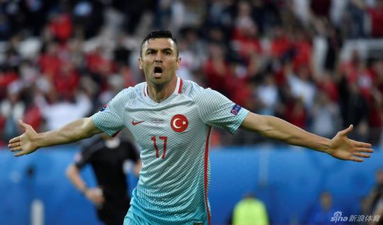欧洲杯惊魂国安笑了 意大利亲手送锋神回北京