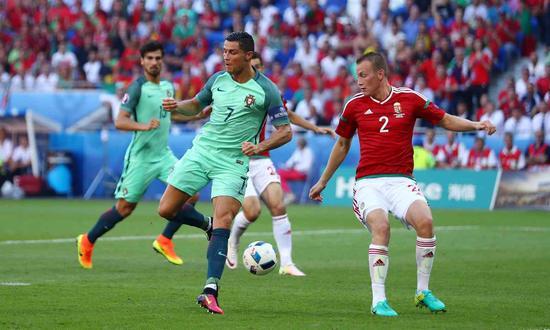 3D进球视频-C罗本届欧洲杯首球!脚后跟抢点再扳平