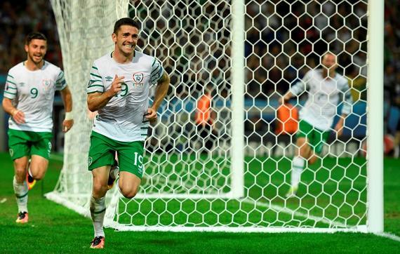 欧洲杯-逃疑似点球+中柱 意大利85分钟遭绝杀负